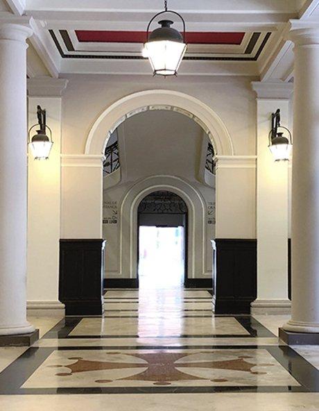 Photographie Entrée intérieure du tribunal de Toulouse